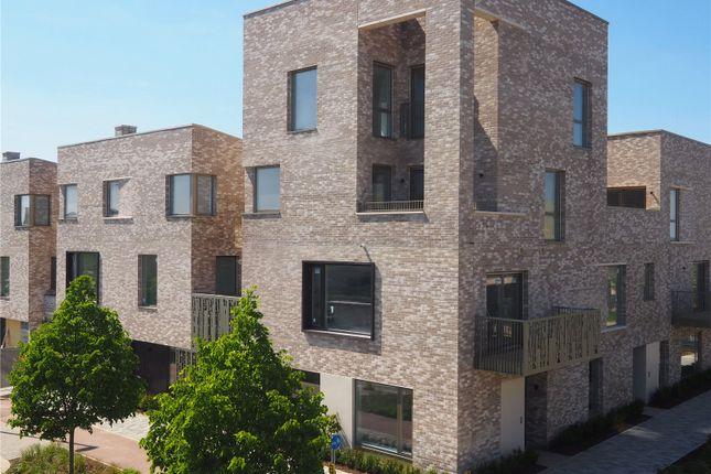Thumbnail Flat for sale in Eddington Avenue, Cambridge, Cambridgeshire
