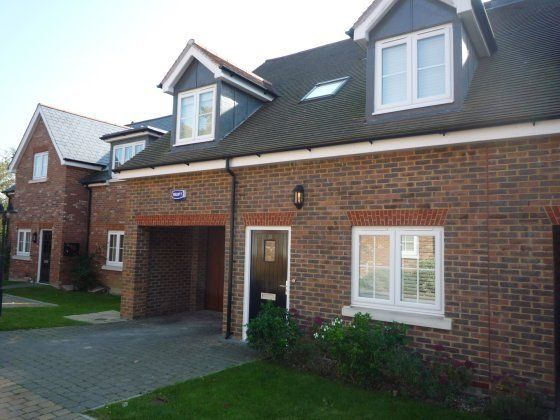 Thumbnail Semi-detached house to rent in Great Durgates Close, Wadhurst
