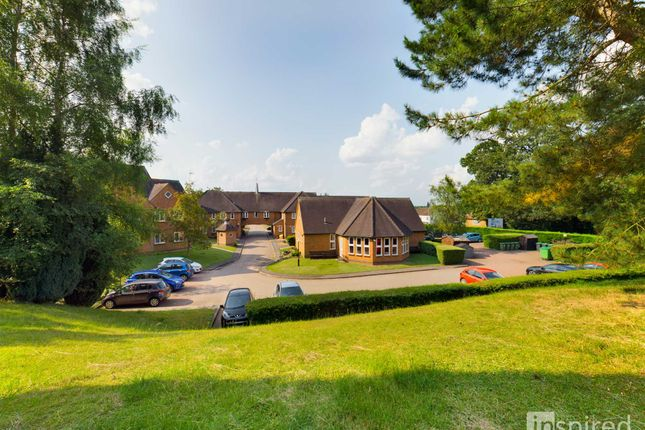 1 bed flat for sale in Woburn Road, Woburn Sands MK17