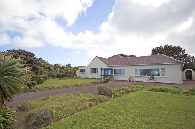 Thumbnail Detached bungalow for sale in Cobo Coast Road, Castel, Guernsey