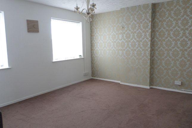 Thumbnail Flat to rent in Elm Crescent, Bridgend, Bridgend.