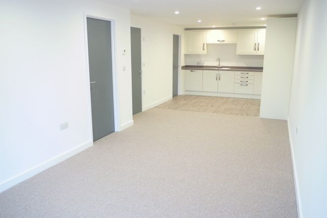 Open Plan Living of The Yard, Lostwithiel PL22