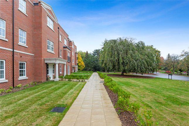 2 bed flat for sale in Hanstead Park, Smug Oak Lane, Bricket Wood, Hertfordshire AL2