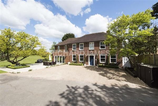 Thumbnail Detached house to rent in Newlands Dell, Pipers Green Lane, Middlesex