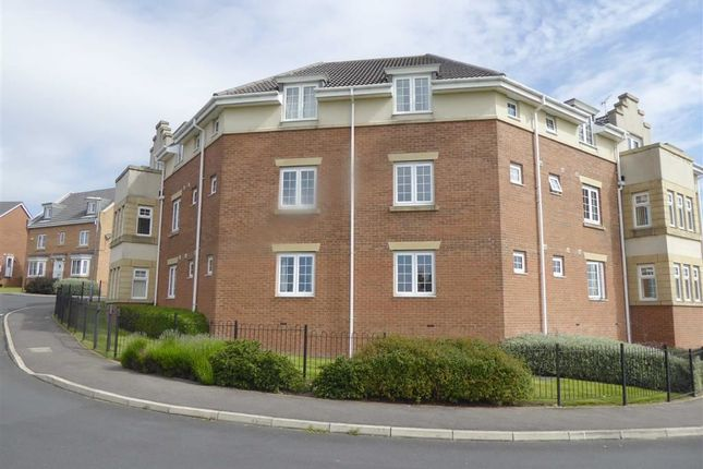 Thumbnail Flat to rent in Hill End Crescent, Leeds, West Yorkshire