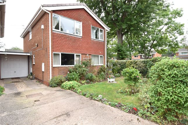 Thumbnail Link-detached house for sale in York Avenue, Droitwich, Worcestershire