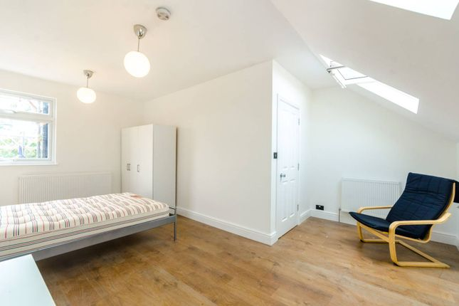 Thumbnail Terraced house to rent in Barking Road, Plaistow