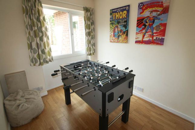 Thumbnail Property to rent in Sidney Road, Gillingham