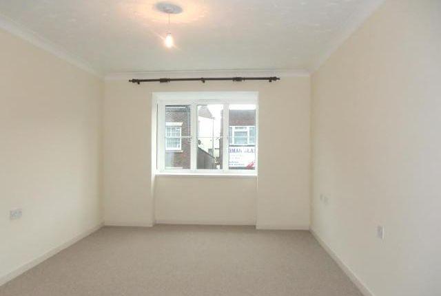 Flat to rent in Ryan Court, Whitecliff Mill Street, Blandford Forum, Dorset