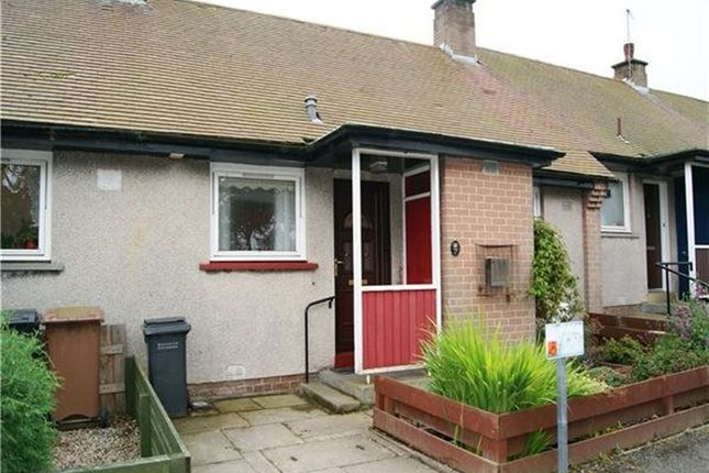 Thumbnail Bungalow to rent in Two Mile Cross, Aberdeen