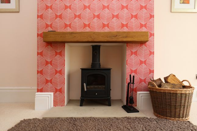 Fireplace - Lounge