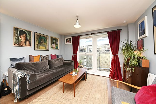 1 bed flat for sale in Murray Grove, Islington
