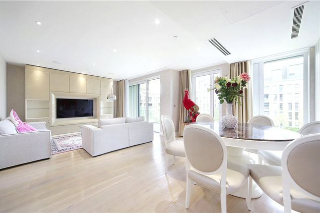 Thumbnail Property for sale in Ravensbourne Apartments, Fulham Riverside, London