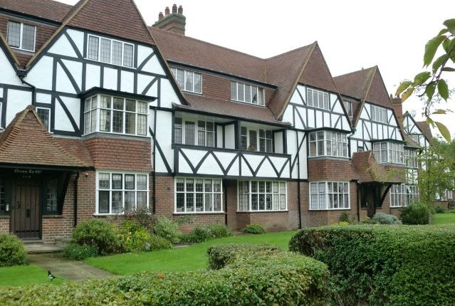 Thumbnail Flat to rent in Devon Court, Links Road, West Acton