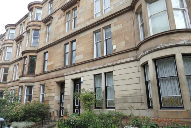 2 bed flat to rent in Woodlands Drive, Glasgow