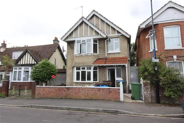 Thumbnail Detached house to rent in St. James Park Road, Shirley, Southampton