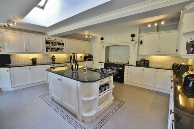 Photo 10 of Meadway, Lower Heswall, Wirral CH60