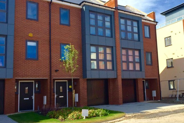 Thumbnail Property to rent in Provis Wharf, Aylesbury