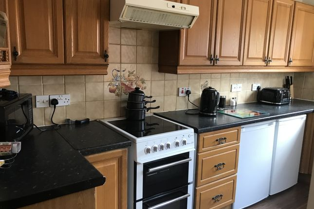 2 bed terraced house to rent in Church Street, Hadley, Hadley, Telford