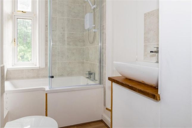 Bathroom of South Parade, Pudsey LS28