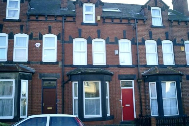 Thumbnail Terraced house to rent in Walmsley Road, Hyde Park