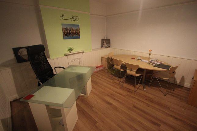 Thumbnail Room to rent in Barlow Moor Road, Chorlton M21. Office