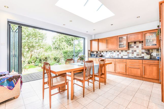 Thumbnail Terraced house for sale in Goodwyns Vale, Muswell Hill, London