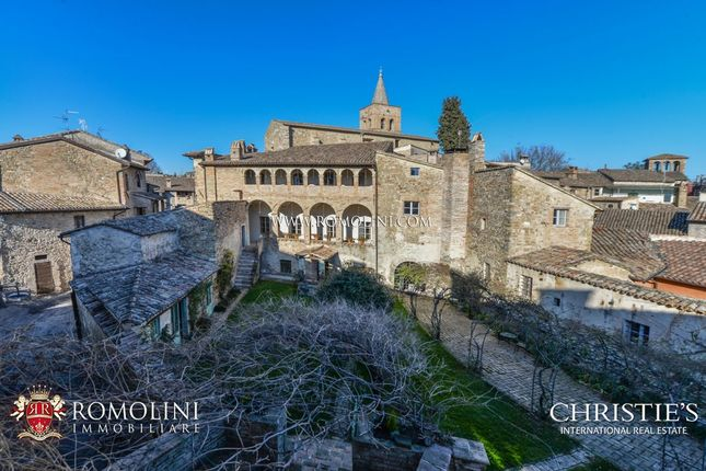 Thumbnail Leisure/hospitality for sale in Foligno, Umbria, Italy