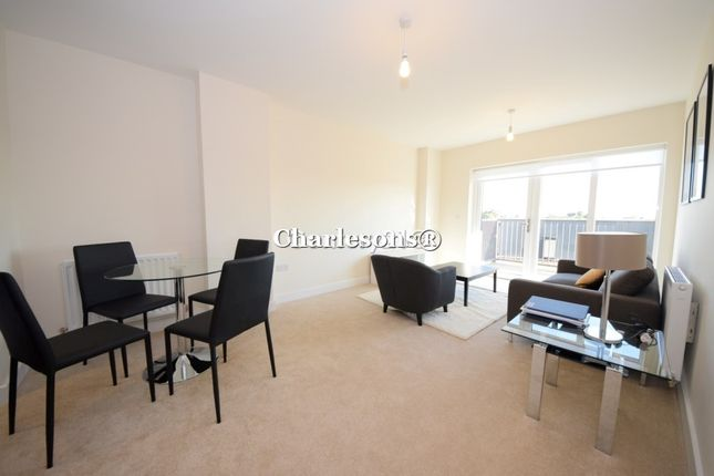 Thumbnail Flat for sale in Clarence Avenue, Gants Hill