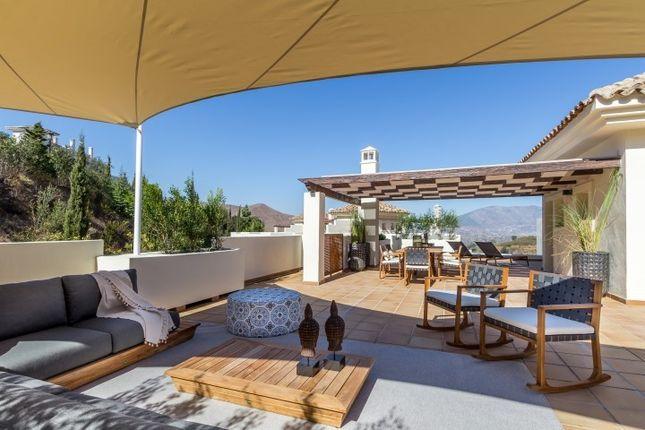 Thumbnail Apartment for sale in La Mairena, La Mairena, Malaga, Spain
