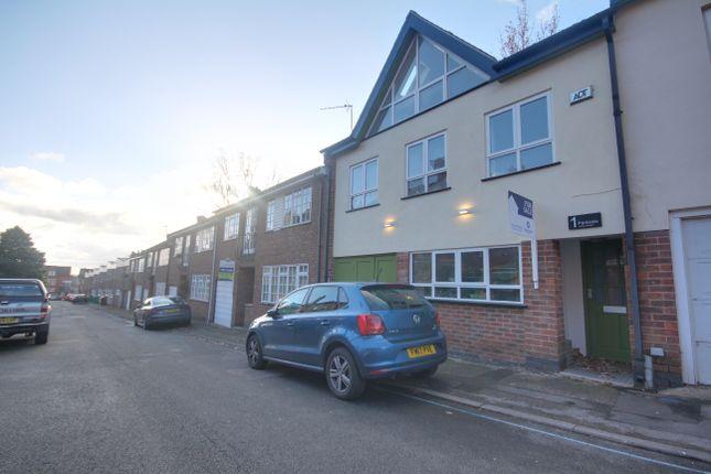 Thumbnail Town house to rent in Lenton Avenue, The Park, Nottingham