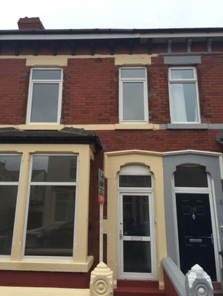 Thumbnail Terraced house to rent in Boothroyden, Blackpool