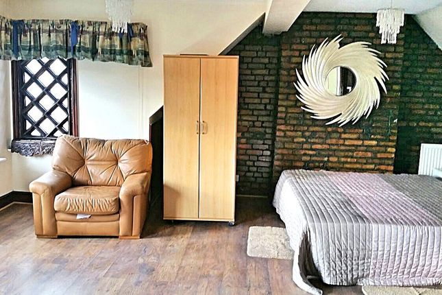 Thumbnail Detached house to rent in Whitchurch Lane, Edgware, Middlesex