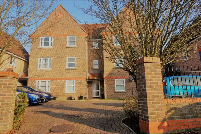 Thumbnail Flat for sale in Aynsley Gardens, Harlow
