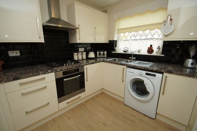 Thumbnail Terraced house for sale in Haseley Close, Redditch