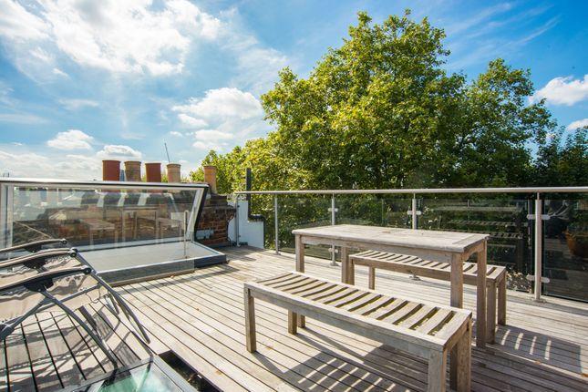 Thumbnail Flat for sale in Primrose Gardens, London