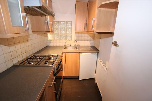 Kitchen of Grosvenor Place, Exeter EX1