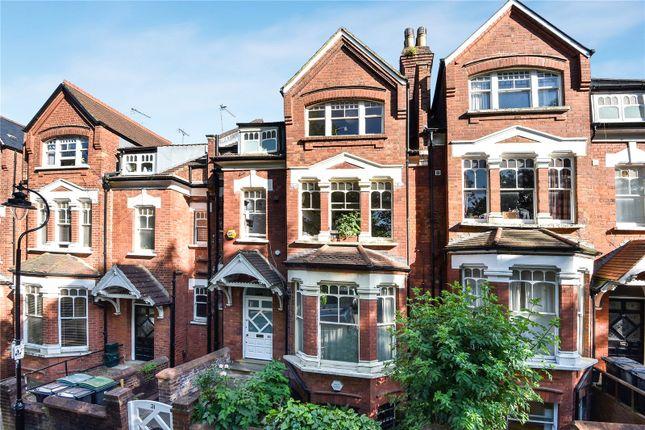 Thumbnail Maisonette to rent in Jacksons Lane, Highgate, London