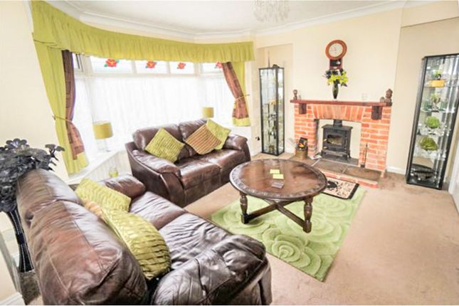 Lounge of Middle Road, Sholing, Southampton SO19