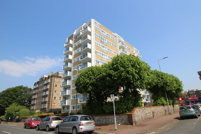 Thumbnail Flat for sale in Hartington Place, West Of Town Centre, Eastbourne