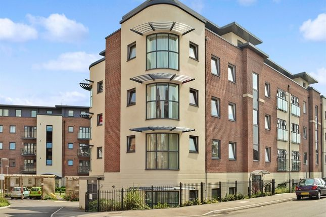 Thumbnail Flat to rent in Fosters Place, East Grinstead