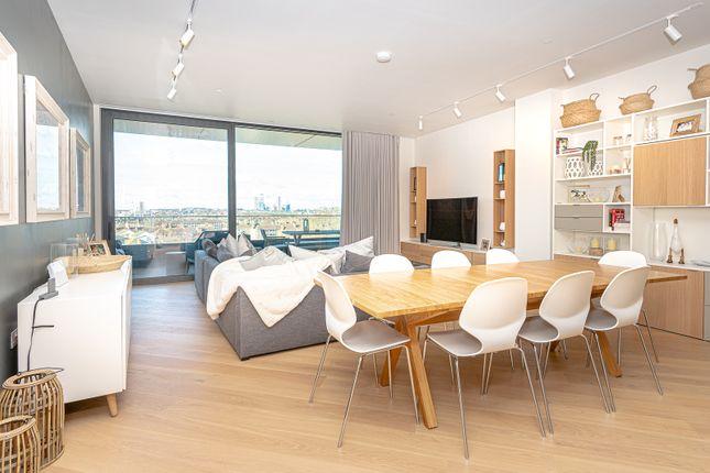 Thumbnail Flat to rent in Wood Lane, White City