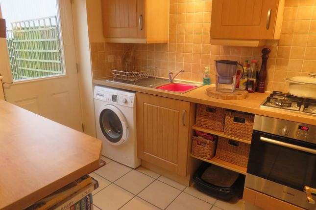 Kitchen of Moore Street, Bulwell, Nottingham NG6