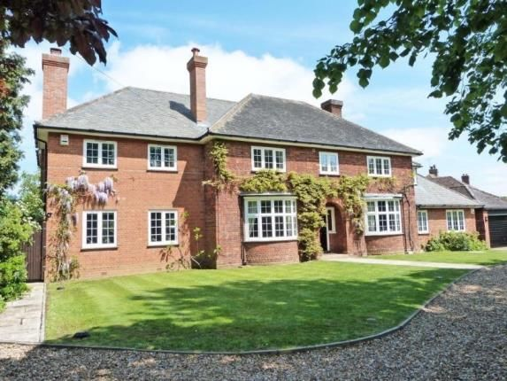 Thumbnail Detached house for sale in Ampthill Road, Silsoe, Bedford, Bedfordshire