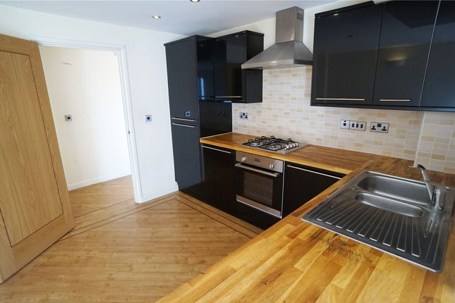 Thumbnail Flat to rent in Basi House, Wrotham Road, Gravesend