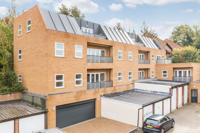 Thumbnail 3 bed flat for sale in Realm Court, Reedham Drive, Purley