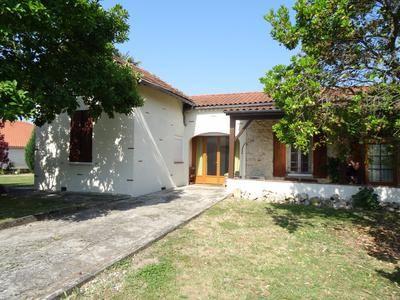 3 bed property for sale in Villeneuve-Sur-Lot, Lot-Et-Garonne, France