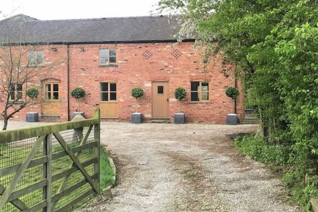 Thumbnail Barn conversion to rent in Stoneley Road, Crewe