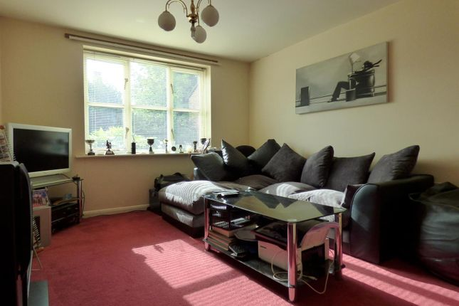 Thumbnail Flat to rent in St. Annes Close, Oakham