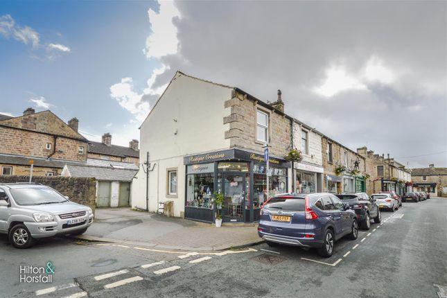 Thumbnail Flat to rent in Rainhall Road, Barnoldswick